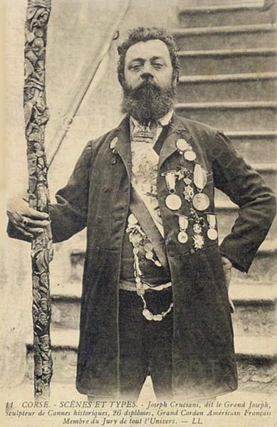 Joseph Cruciani dit le Grand Joseph-Sculpteur de cannes.jpg