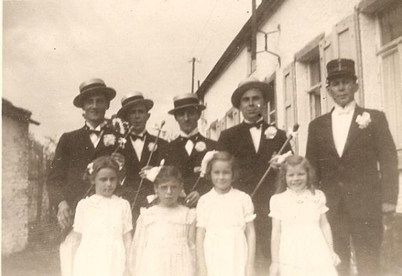 Capitaine & Dame de Place -St-Fiacre - Hyon 1946 a